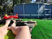 Odpočinek u bazénu - Nová Červená Voda