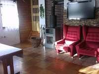 Chata Potůčník - obývací pokoj
