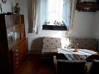 Společenská místnost - pronájem chalupy Krnov