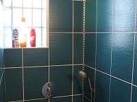 koupelna se sprchovým koutem - pronájem rekreačního domu Vrbno pod Pradědem