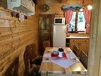 Jídelní část - chata k pronájmu Ludvíkov pod Pradědem