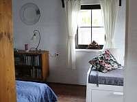 Ložnice v přízemí - pronájem chalupy Vrbno pod Pradědem - Železná
