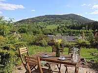 Výhled z terasy - chalupa ubytování Vrbno pod Pradědem - Železná