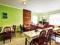 jídelna - pronájem chaty Hraběšice