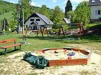 obecní hřiště - Hraběšice