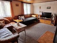 Obývací pokoj - chata k pronajmutí Karlov pod Pradědem