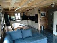 obývací pokoj s kuchyní - Ostružná