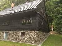 Chata Zuzana - Boční pohled - pronájem Přemyslov
