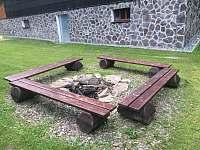 Chata Zuzana - Venkovní ohniště - k pronajmutí Přemyslov