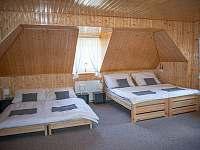 Pokoj č. 4 rozložená postel