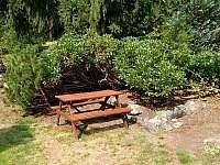 Venkovní sezení - chalupa ubytování Josefův Důl