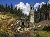 protržená přehrada - Josefův Důl