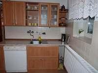 Společná kuchyň - chata ubytování Bedřichov