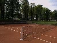 Tenisové kurty - vila k pronájmu Lázně Libverda
