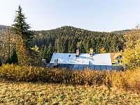 Pohled nad chatou Retro - ubytování Josefův Důl