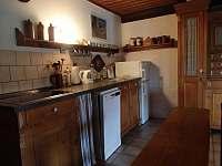 obytná kuchyně - pronájem chalupy Tanvald - Šumburk
