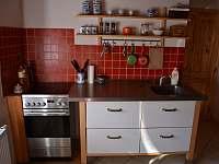 Kuchyň - chalupa k pronájmu Desná v Jizerských horách