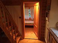 Pohled na vchod do ložnice č. 2 - Zlatá Olešnice