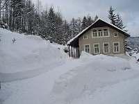 Chata lidka v zimě - k pronajmutí Josefův Důl - Dolní Maxov