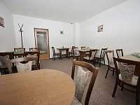 Salonek slouží jen hostům Penzionu k příjemnému posezení - ubytování Držkov