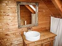 2 x koupelna se sprchou a WC - Kořenov - Polubný