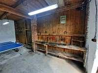 kolárna/lyžárna včetně základního nářadí - apartmán k pronajmutí Josefův Důl