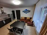 modrý apartmán - obývací pokoj - k pronájmu Josefův Důl