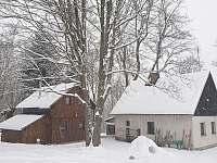 Pohled na obě chaty Leden 2021 - Smržovka