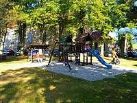 Dětské hřiště 100m od penzionu - Kořenov - Polubný