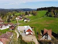 Penzion Podkůvka - pohled z dronu - Kořenov - Polubný