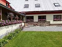 zastřešená terasa restaurace - Kořenov - Polubný