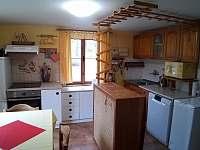 kuchyň centrálně zbraná - chata k pronajmutí Raspenava - Peklo
