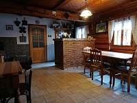 společenská místnost - chalupa ubytování Albrechtice v Jizerských horách