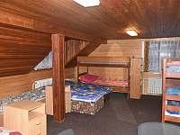 Šestilůžkový pokoj se dvěma přistýlkami - ubytování Janov nad Nisou
