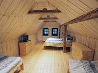 Čtyřlůžkový pokoj v podkroví - Lázně Libverda