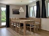 Posezení v obývacím pokoji - chalupa k pronajmutí Albrechtice v J. h. - Mariánská Hora