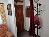 Malý apartmán - předsíň - chalupa k pronájmu Kořenov - Horní Polubný