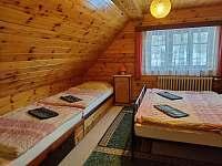 Velký apartmán - ložnice 1 - chalupa k pronájmu Kořenov - Horní Polubný