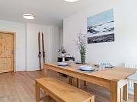 Apartmán 1 jídelna - chata k pronajmutí Desná