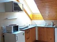 apartmán č.2 kuchyňský kout - chalupa k pronajmutí Lázně Libverda