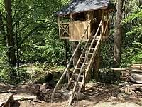 domeček ve stromech - Josefův Důl