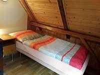 2. ložnice - nejklidnější koutek - roubenka k pronajmutí Helkovice