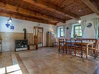 kuchyně - chalupa ubytování Oldřichov v Hájích