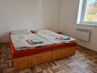 Ložnice A6 - pronájem chaty Smržovka