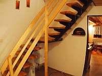 Schodiště do podkroví - chata k pronajmutí Nová Ves nad Nisou