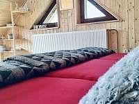Podkroví a trojlůžko - pronájem chaty Josefův Důl - Dolní Maxov