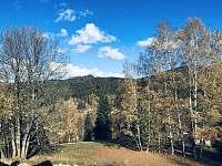 Pohled z balkonu směr Josefův Důl -