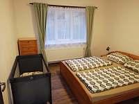 Apartmán v přízemí 2.pokoj - pronájem chaty Janov nad Nisou - Malý Semerink