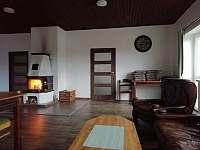 Společenská místnost - chata k pronájmu Janov nad Nisou - Malý Semerink