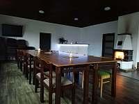 Společenská místnost - chata ubytování Janov nad Nisou - Malý Semerink